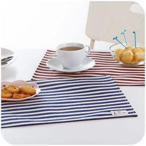 (Entrepôt UE) Set de table Imperméable rayés en coton napperon de table créative Lot de 4