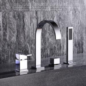 Robinet de douche pour salle de bain chromé style moderne simple installé au mur 4 trous 2 poignées