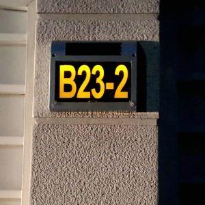 Plaque numérotée numéro de maison solaire LED en ABS L 23.5 cm