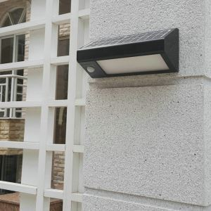 Applique murale à capteur solaire extérieure L 26 cm