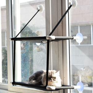 Hamac de fenêtre double couche monté avec des tasses d'aspiration pour chat