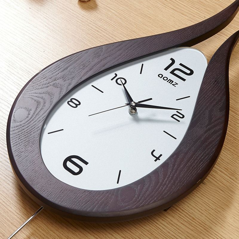 horloge murale silencieuse en bois feu simple moderne. Black Bedroom Furniture Sets. Home Design Ideas