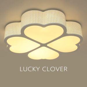Plafonnier LED acrylique fleur D 44 cm pour chambre salle