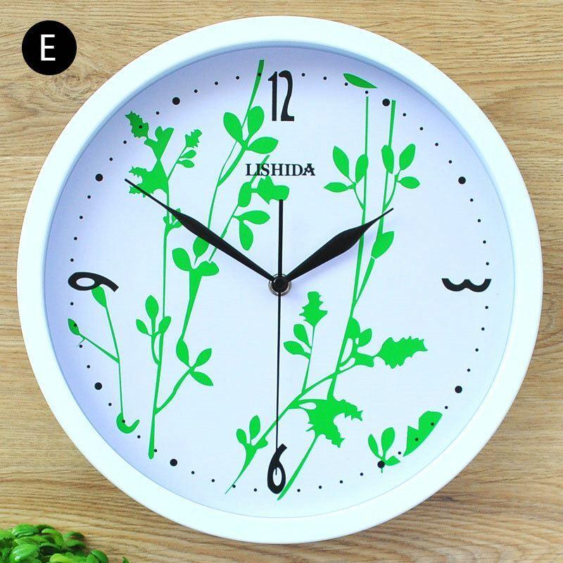 Horloge murale silencieuse en fer 6 mod les rond simple for Horloge murale silencieuse