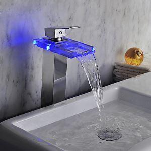 (Entrepôt UE) Chromé fini LED cascade verre lavabo robinet (hauteur)