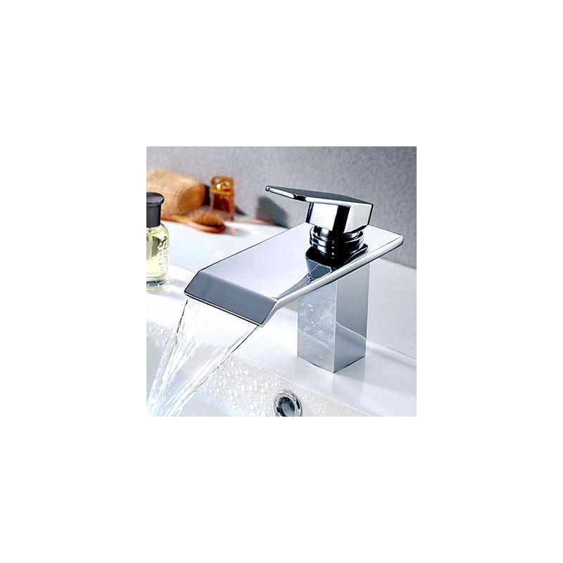 robinet de lavabo chrome cascade h17cm pour salle de bain contemporaine. Black Bedroom Furniture Sets. Home Design Ideas