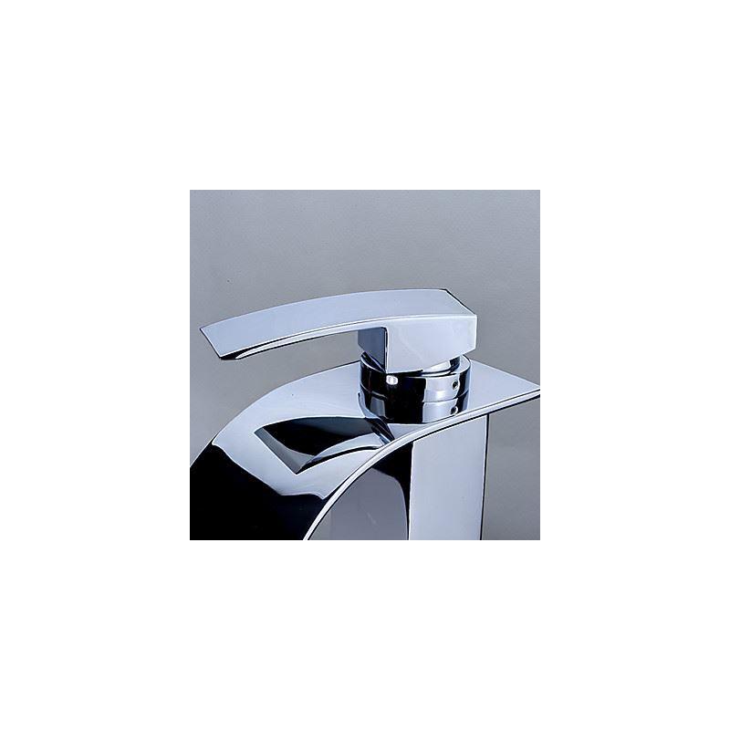 entrepôt ue) contemporain en laiton cascade lavabo robinet (hauteur