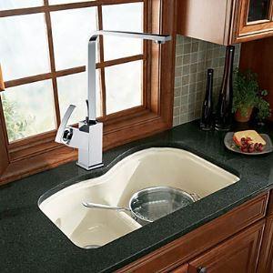 (Entrepôt UE) Laiton solide chromé contemporaine robinet de cuisine avec unique poignée
