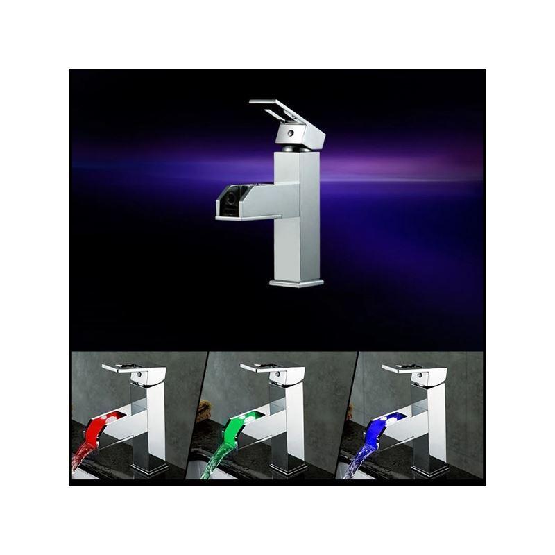 robinet lavabo led cascade pour salle de bains style moderne simple pas cher chez homelavafr. Black Bedroom Furniture Sets. Home Design Ideas