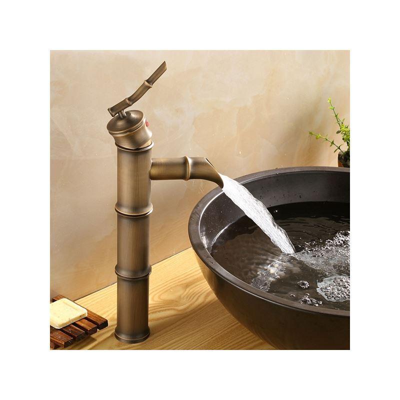mitigeur de lavabo vieux laiton bambou h 33 cm antique pour salle de bains. Black Bedroom Furniture Sets. Home Design Ideas