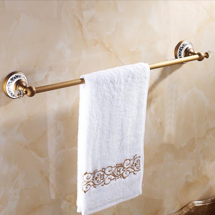 accessoire de bain barre porte serviette europ enne vintage accessoires de salle de laiton. Black Bedroom Furniture Sets. Home Design Ideas