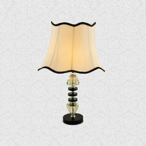 Moderne Beau Lampe de table Feature Noir Entretenu Blanc abat-jour en tissu Beau Crystal Embellissements