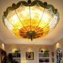 (Entrepôt UE) Style européen Abat-jour en verre coloré matériel en fer 3 lumières Plafonnier