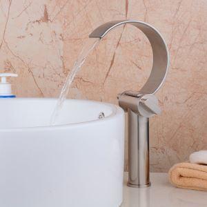 (Entrepôt UE) Moderne simple brossé Cascade robinet de bassin