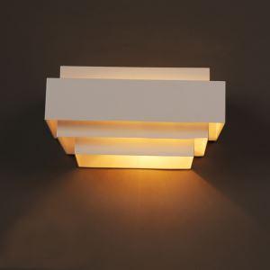 Applique murale en fer style moderne simple peinture coloris blanc à 1 lampe