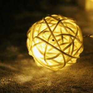 Guirlande lumineuse en forme de Sepak takraw LED design extérieur décoration pour Noël