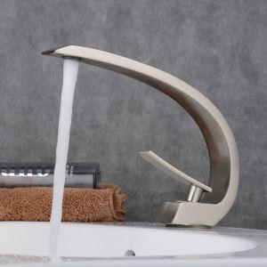 Mitigeur de lavabo inox brossé H 23 cm pour salle de bains toilettes