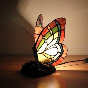 Lampe à poser tiffany en verre D19cm papillon pour salon chambre
