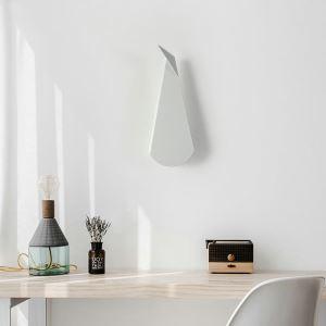 Applique murale LED en acrylique H36cm forme géométrique irrégulière blanche pour chambre salle