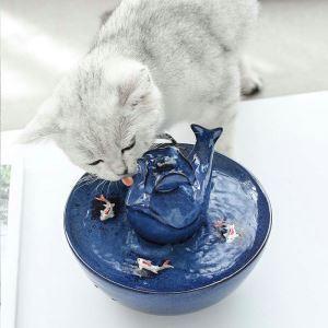 Distributeur d'eau automatique forme de baleine bleu pour chat
