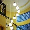 Lustre à 8 lampes boule blanc décoratif D 70 cm pour salon