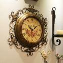 Horloge murale silencieuse en métal dentelle rétro