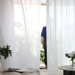 Voilage en polyester blanc pour chambre à couche simple