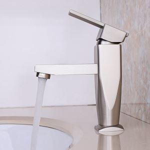 Robinet monotrou en nickel brossé pour l'évier de salle de bain, design moderne