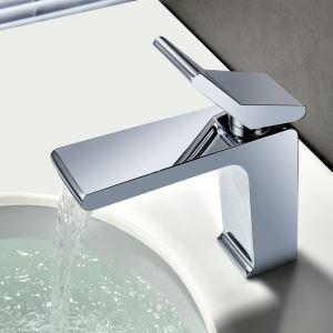 Robinet de lavabo contemporain chromé avec monopoignée pour salle de bains