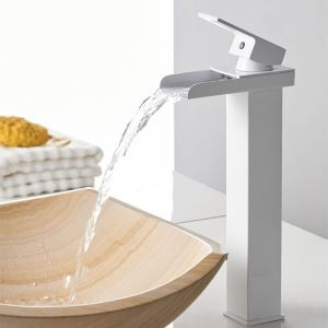 Mitigeur de lavabo cascade cuivre H31cm pour salle de bain chromé