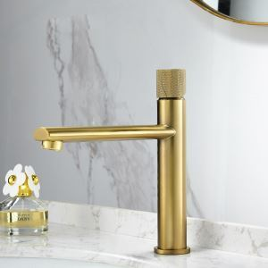 Mitigeur de lavabo H22cm 4 modèles disponibles pour salle de bains