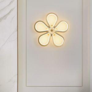 Applique murale LED en cuivre abat-jour en acrylique fleur 68W 5440 Lumen pour chambre à coucher