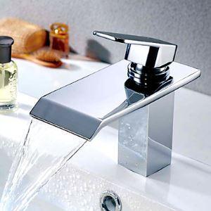 Robinet de lavabo chrome cascade H17cm pour salle de bain contemporaine