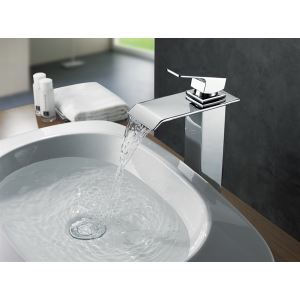 Robinet de lavabo en laiton chromé cascade pour salle de bains